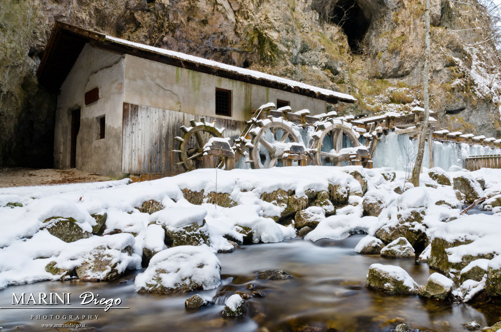 Photo in Landscape #lago smeraldo #val di non #trentino #italy #ghiaccio #canyon