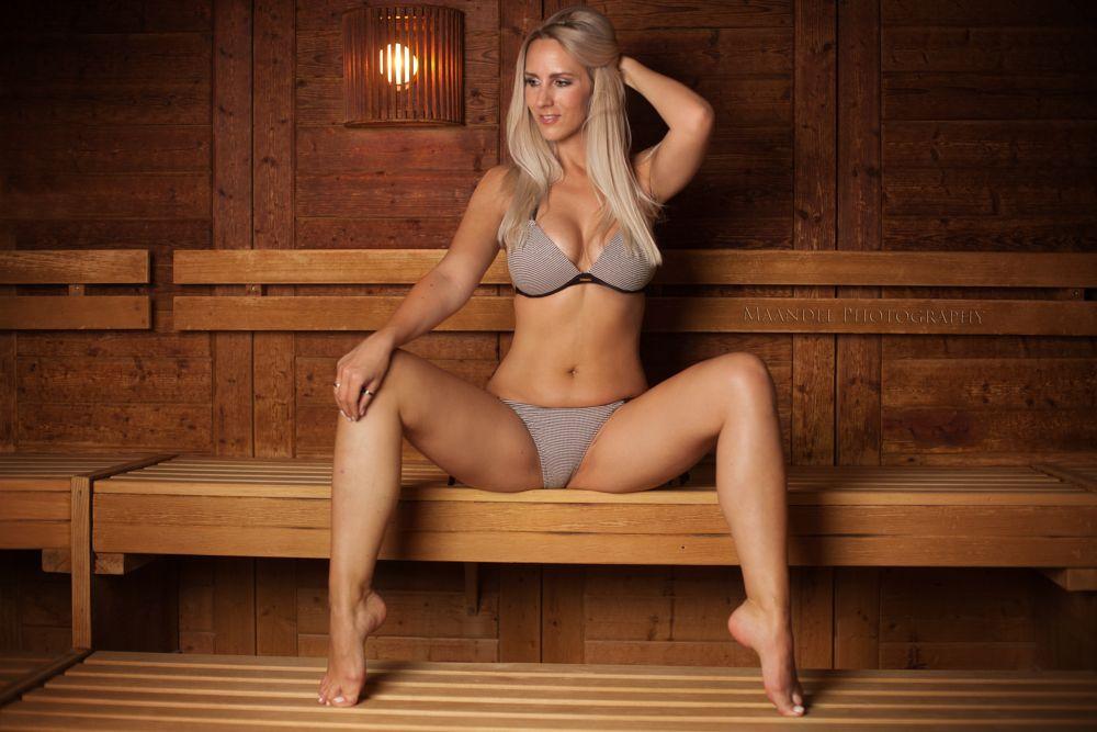 Photo in People #ereignisse #fotografen #köln #maandel photography #orte #personen #ricarda bongartz #shooting #sauna #hot #sexy