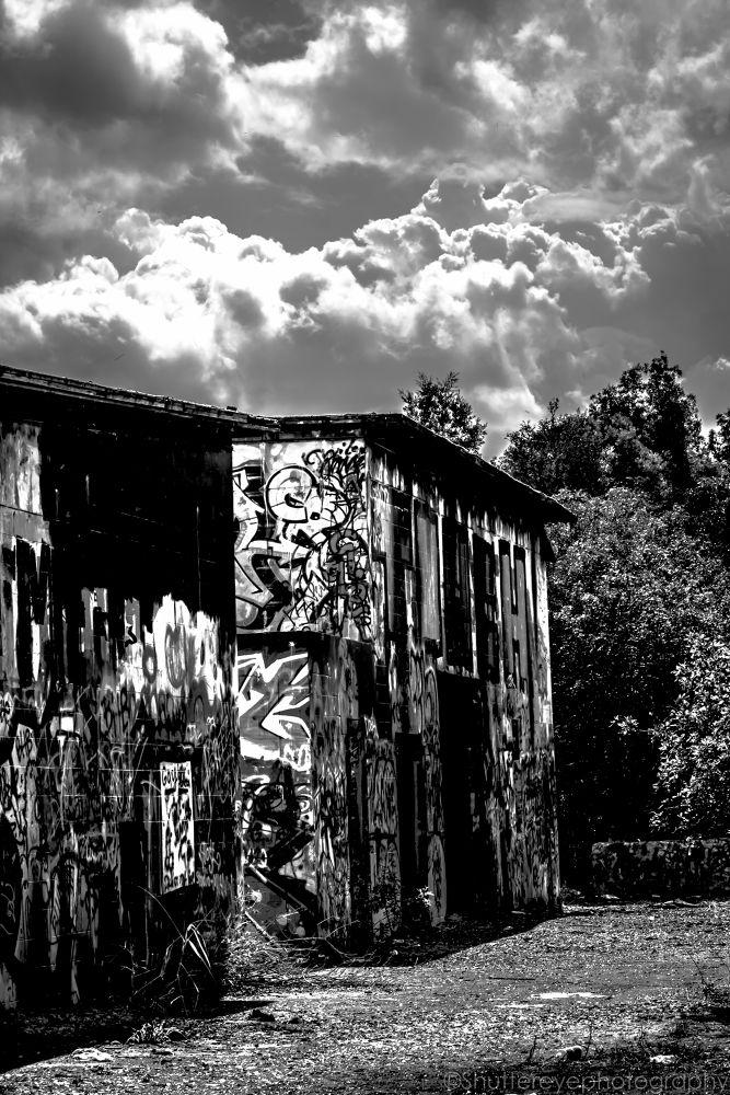 Photo in Random #scary #old house #abandom