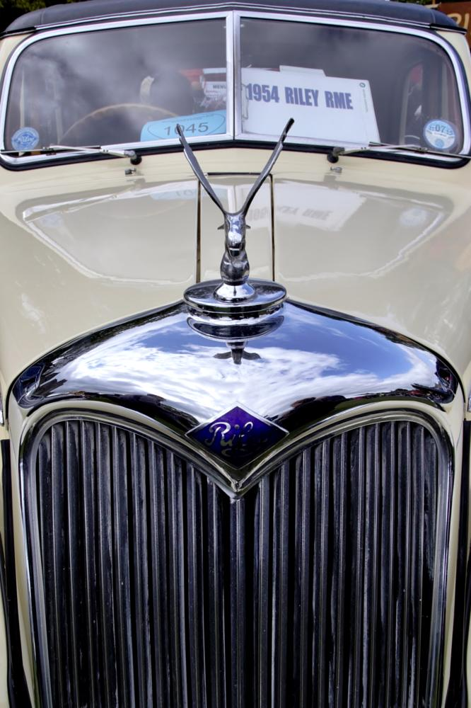 Photo in Vehicle #1954 #riley #rme #classic car #colour