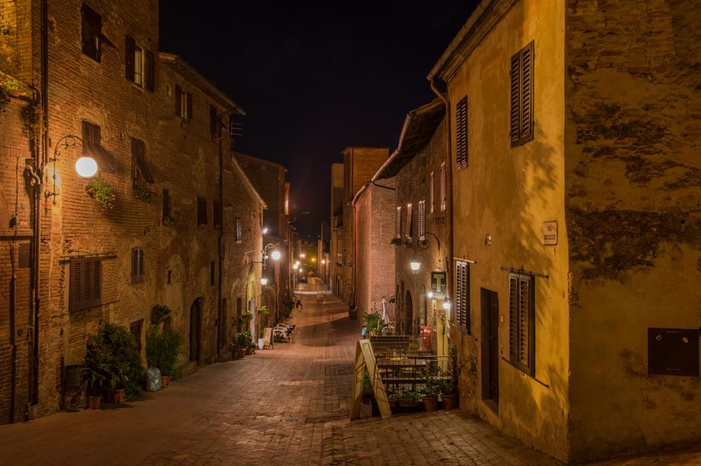 Photo in Vehicle #cortona alta #tuscany #italy #night street
