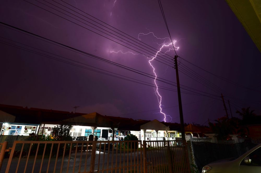 Photo in Nature #lightning #nightscape