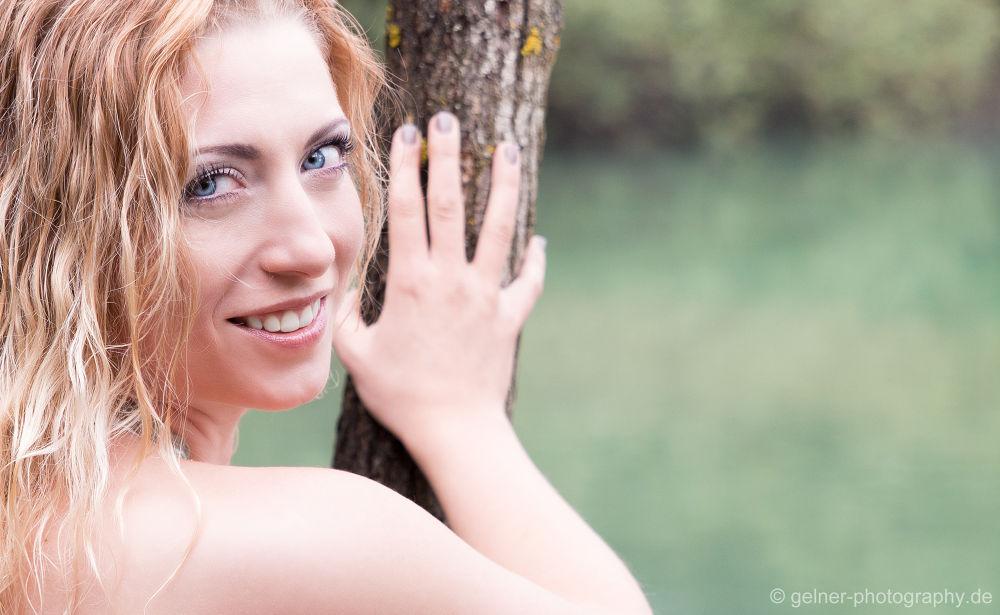 Photo in Random #girl #blonde #ourdoor #smile #cute #tree #blue #eyes #hot #hair #long #germany #mädchen #blond #niedlich #heiß #draußen #lächeln #baum #augen #blau #haare #ypa2013