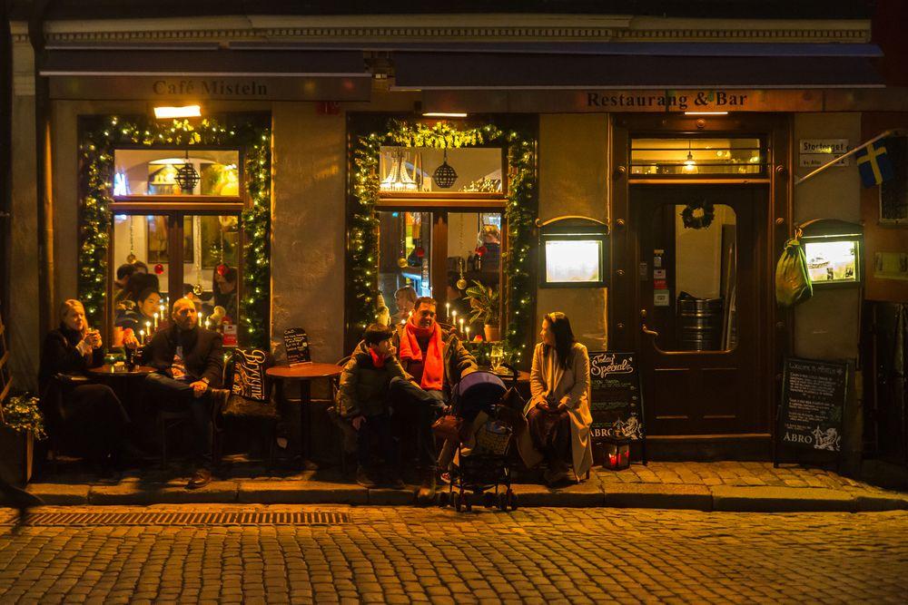 Photo in Street Photography #gamla stan #stockholm #juldagen #glögg #lugnet