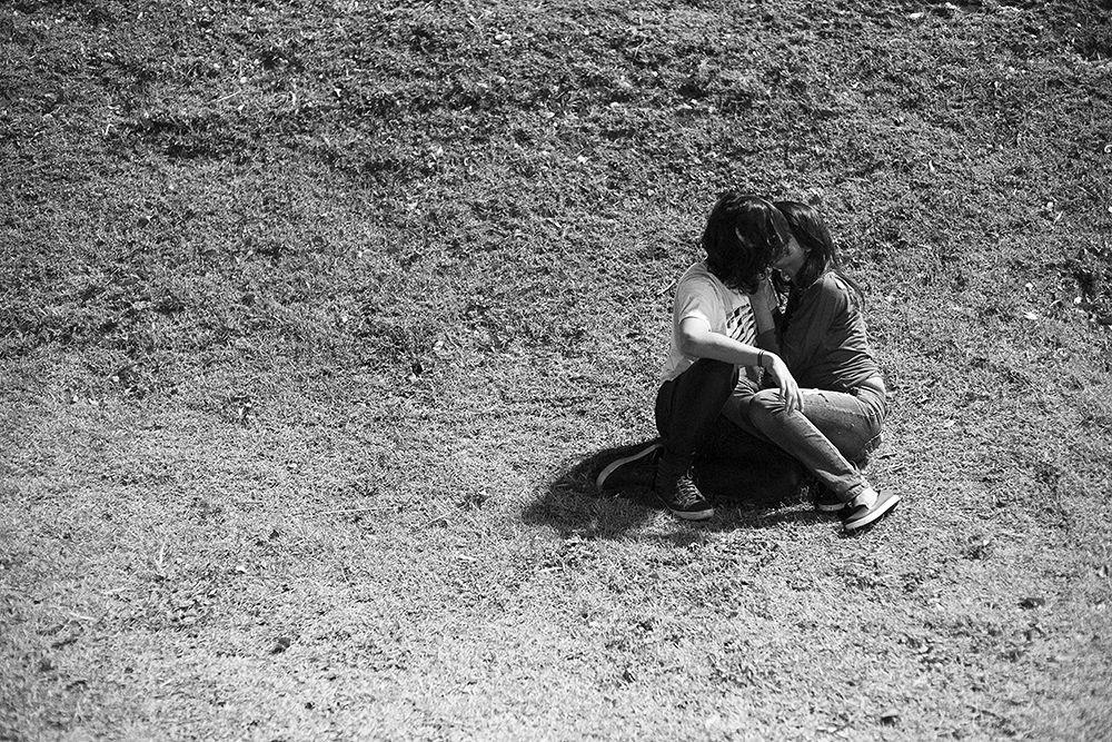 Photo in Street Photography #street #kiss #teenagers