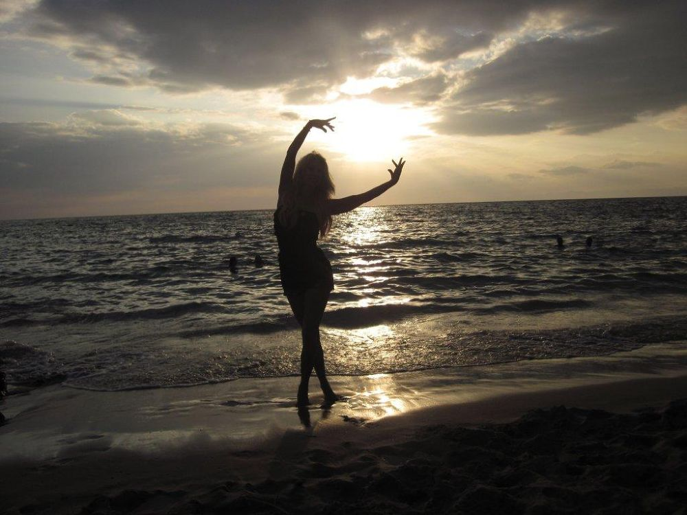 Photo in Random #elizabethnoeldonovan beach #me dancer sunset