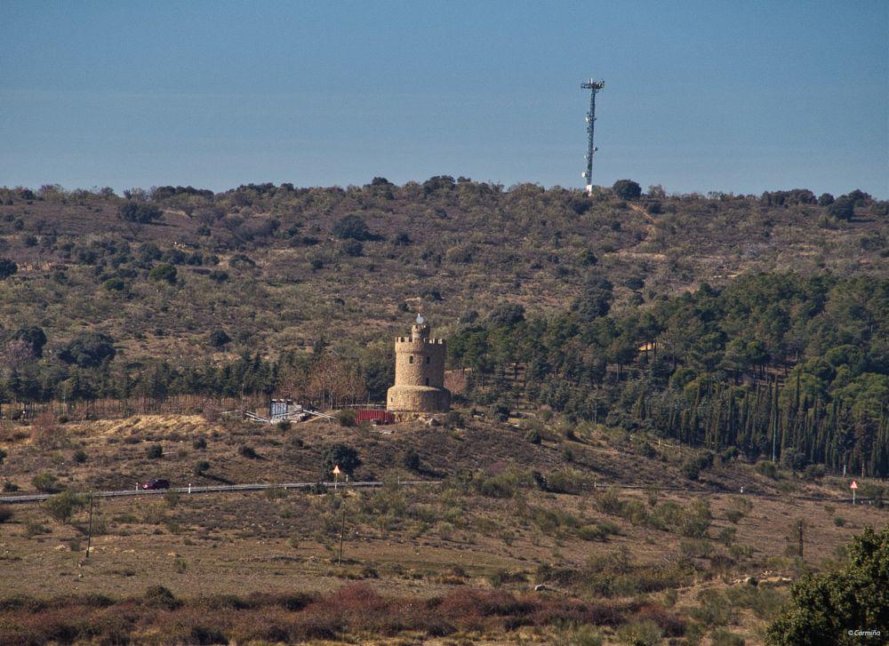 Photo in Landscape #árboles #arbustos #sierra oeste #construcción #robledo de chavela #exterior #invierno