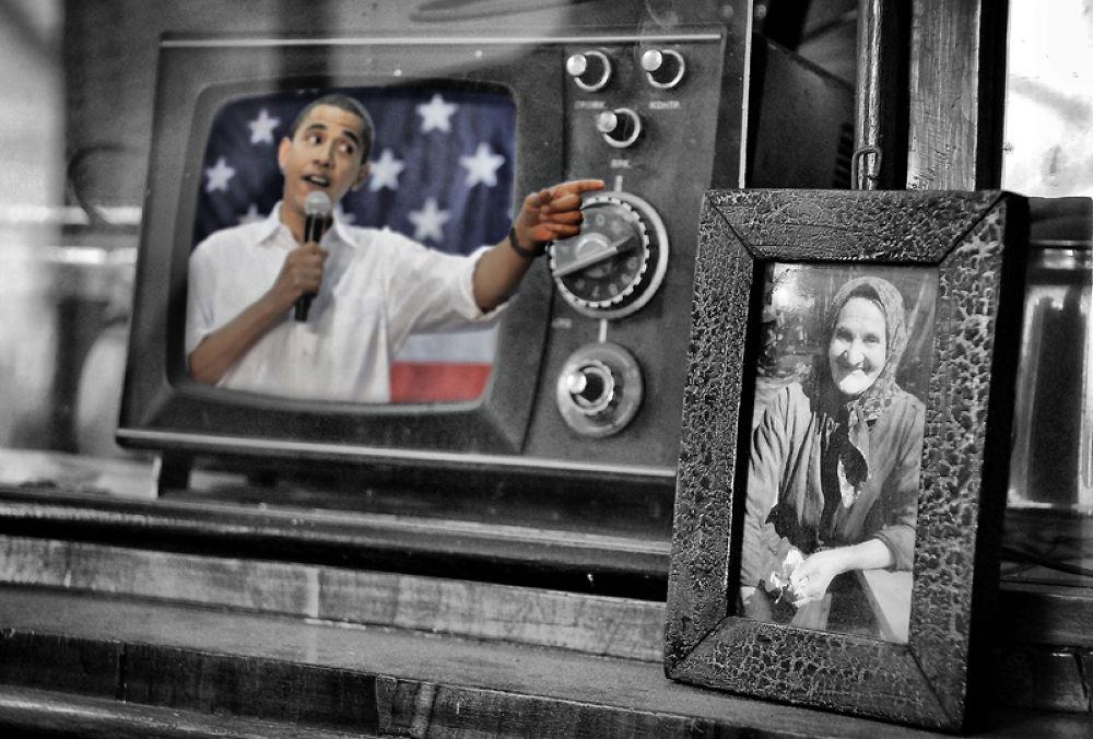 Photo in Random #barack #obama. #usa #america #president #tv #wor #mom #flag