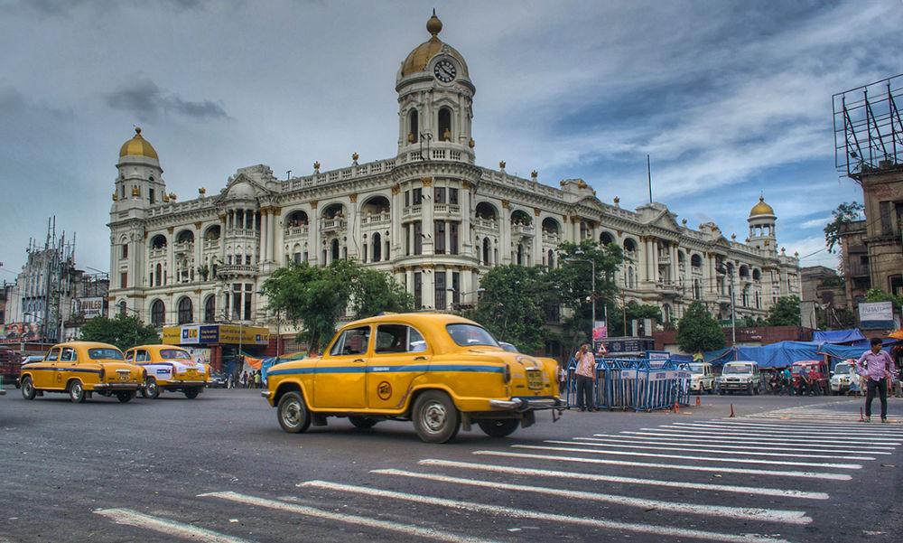 Photo in HDRI #city #sky #street #kolkata #buildings #roads