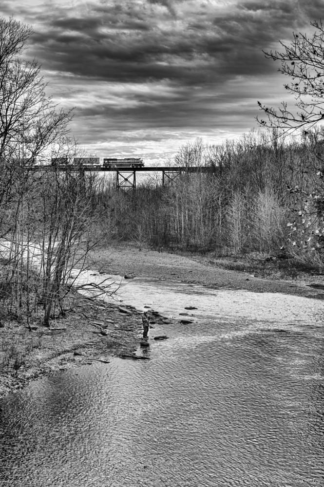 Photo in Black and White #fishing #erie #train #b&w #leica #monochrom #noctilux