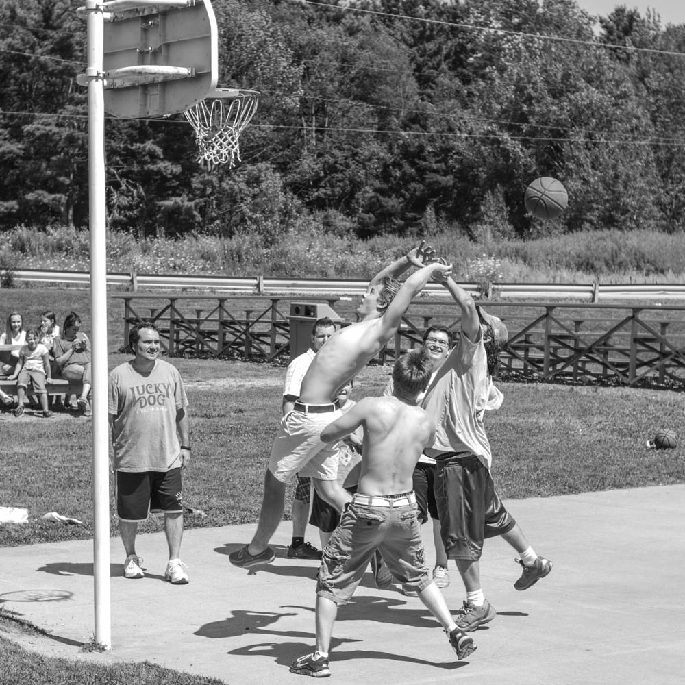 Photo in Black and White #people #street photography #sports #family #black and white #leica #monochrom