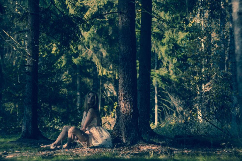 Photo in Portrait #forest #girl #sun #beauty