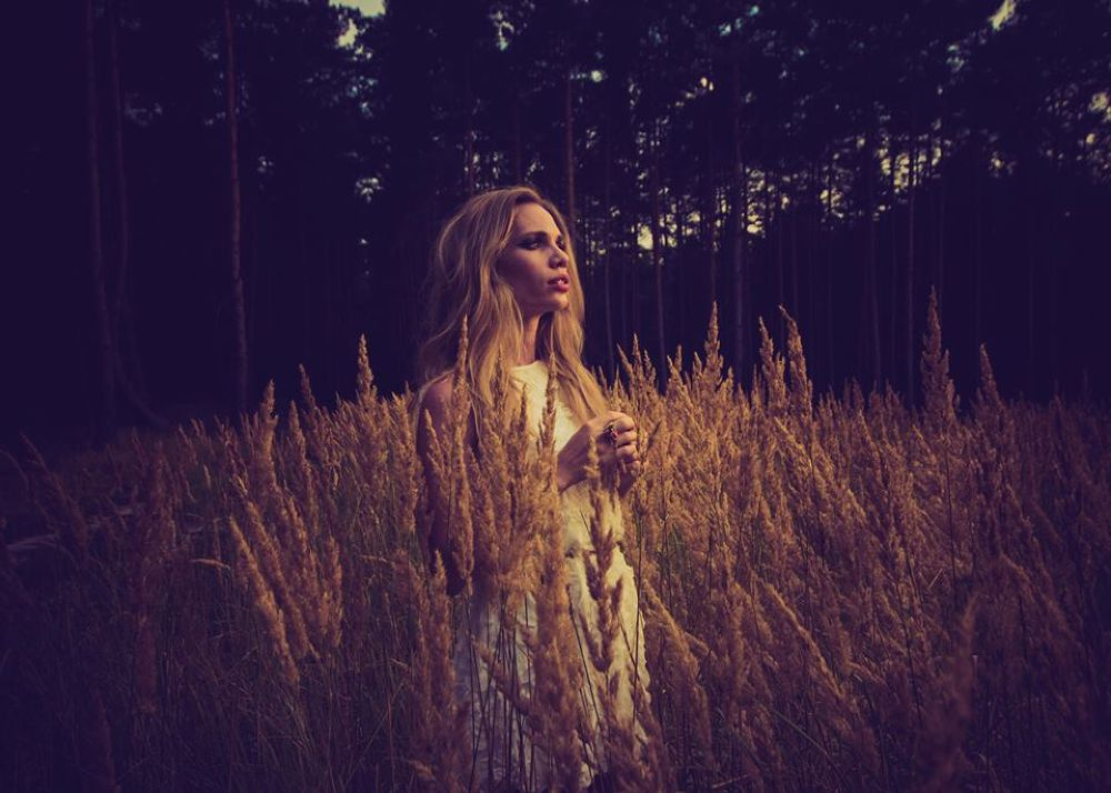 Photo in Portrait #sunlight #sun #portrait #woman #girl #forest #poland #szenher