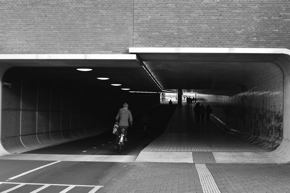 Photo in Travel #street photography #35mm #400iso #monochrome #black and white #amsterdam #travel photography