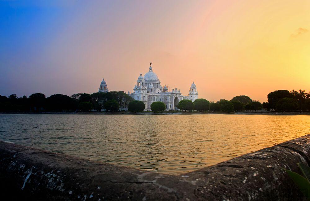 Photo in Random #kolkata #india #victoria memorial #queen victoria #monuments #british #sunset #architechture #pool #lake #sky