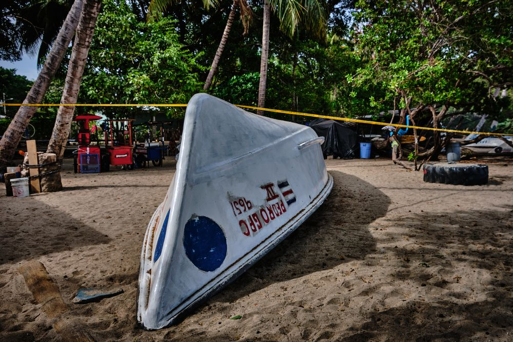 Photo in Sea and Sand #boat #beach #palms #playa tamarindo