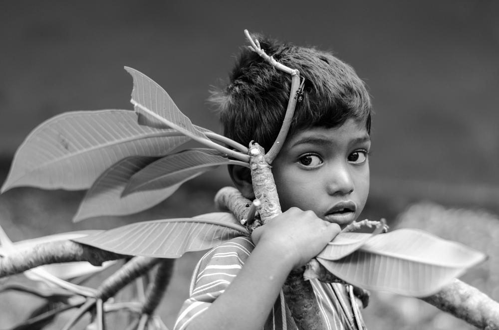 Photo in Street Photography #india #child #streetcontest