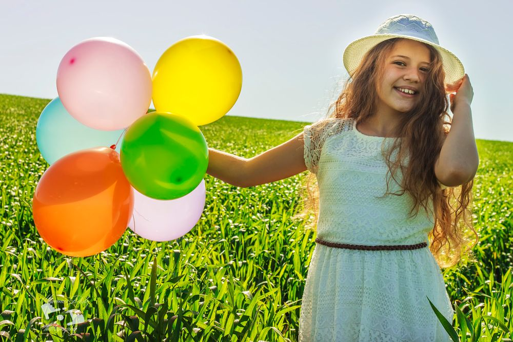 Photo in Portrait #portraitportre #springnature #balloon