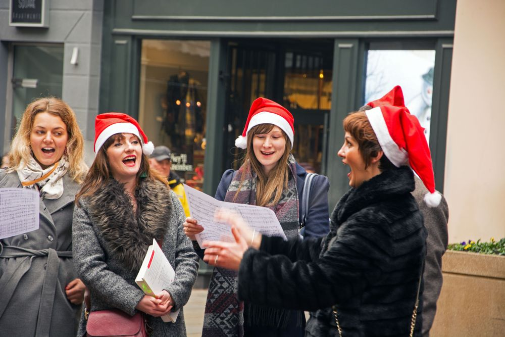 Photo in Street Photography #people #singers #street #xmas