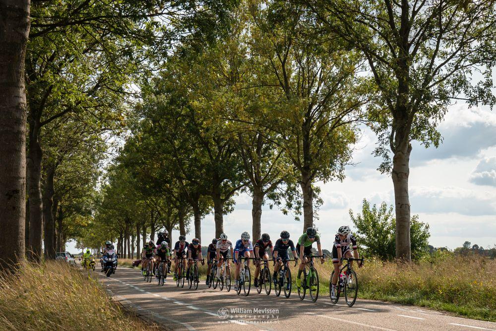 Photo in Sports #lucindabrand #teamsunweb #riejannemarkus #boelsladiestour #blt2018 #waowdealsprocyclingteam #heukelom #bergen #gennep #uciwwt #cycling #womenscycling #cyclingshots #cyclinglife #noordlimburg #nature #netherlands #eckeltsebergen #maasduinen #limburg