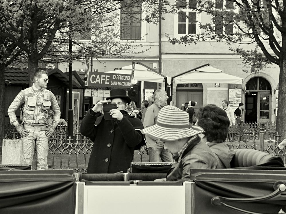 Photo in Street Photography #bw #punktum #street