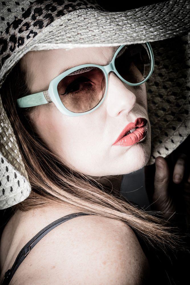 Photo in Fashion #gorgeous #stunning #fabulous #portrait #studio #beautiful #fun #floppy #hat #sunglasses #red #lips