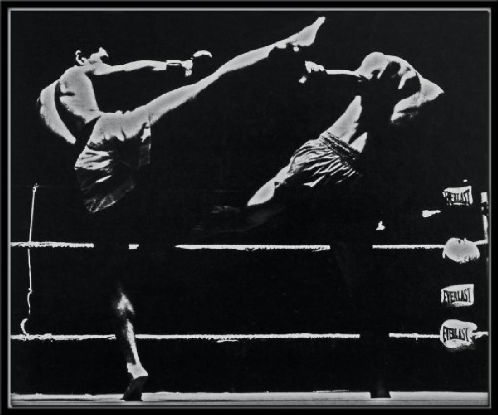 Photo in Journalism #sport #kick boxing #japan #photojournalism #b&w