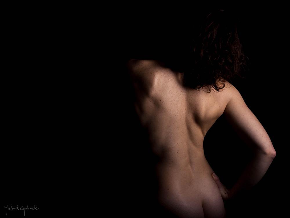 Photo in Nude #nude #nudity #color #beautiful woman #beautiful girl #woman #girl #back #lights and shadows