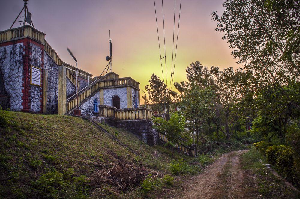 Photo in Random #sunset #landscape #sunset landscape #old building #colonial buildings