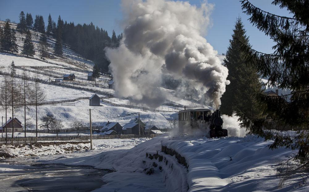 Photo in Random #bucovina #bukovina #bogdan comanescu #winter #steam train