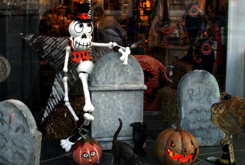 Photo in Random #frenchtown #store #window #halloween #skeleton