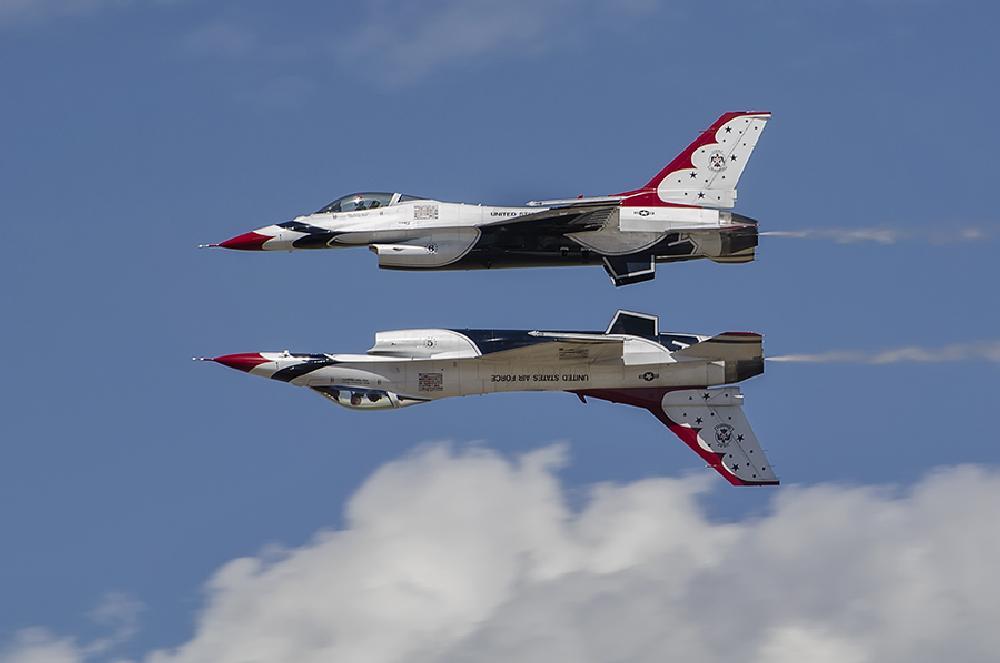 Photo in Vehicle #airplane #thunderbirds #f-16 #airforce #military #jet #fighter #utah #airshow #flight #flying #speed #aerobatics