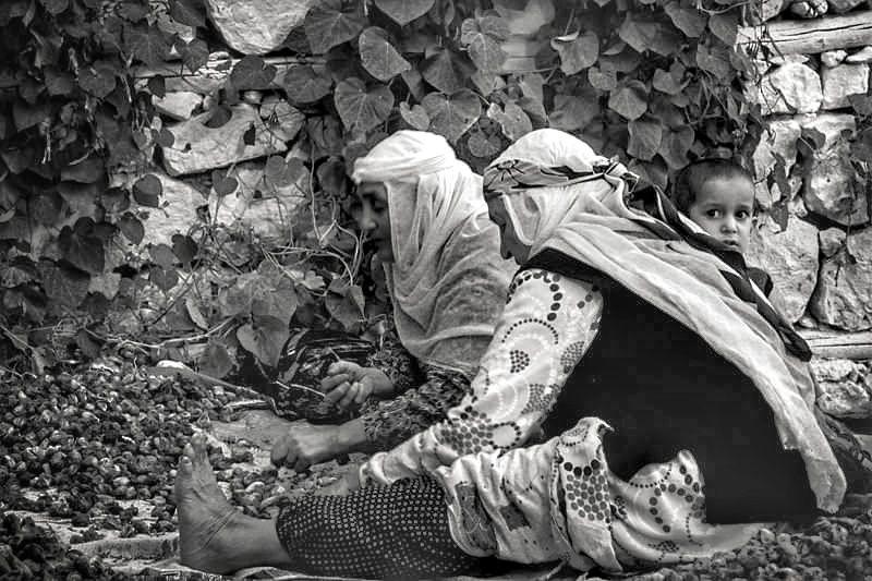 Photo in Black and White #çocuk children köy emek