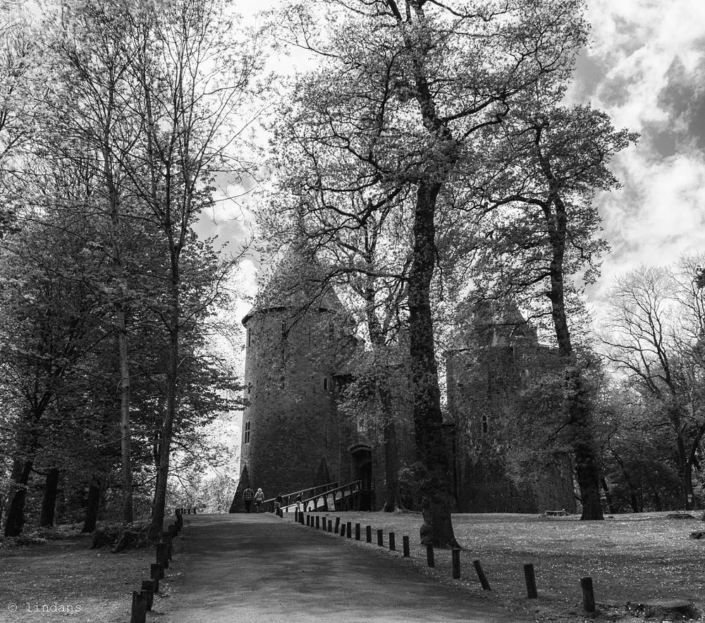 Photo in Architecture #black and white #castell coch #architecture #south wales #scenic