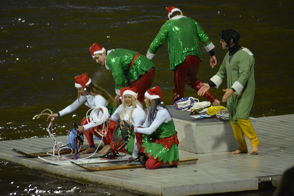 Photo in People #christmas #parade #devon #boathouse
