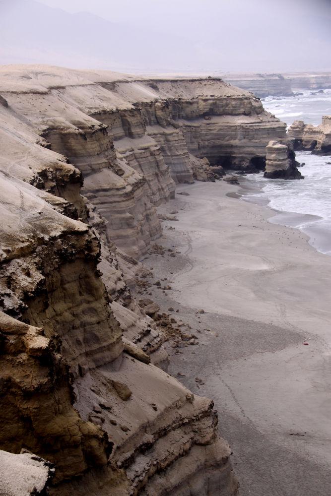 Photo in Random #ypa2013 #chile #antofagasta #arena y mar #paisaje #naturaleza #inspiration #abstracto #acantilados #formas #geology