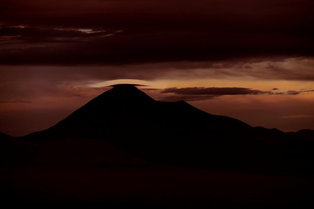 Photo in Landscape #anadgar #volcán #atardecer #cordillera #desierto
