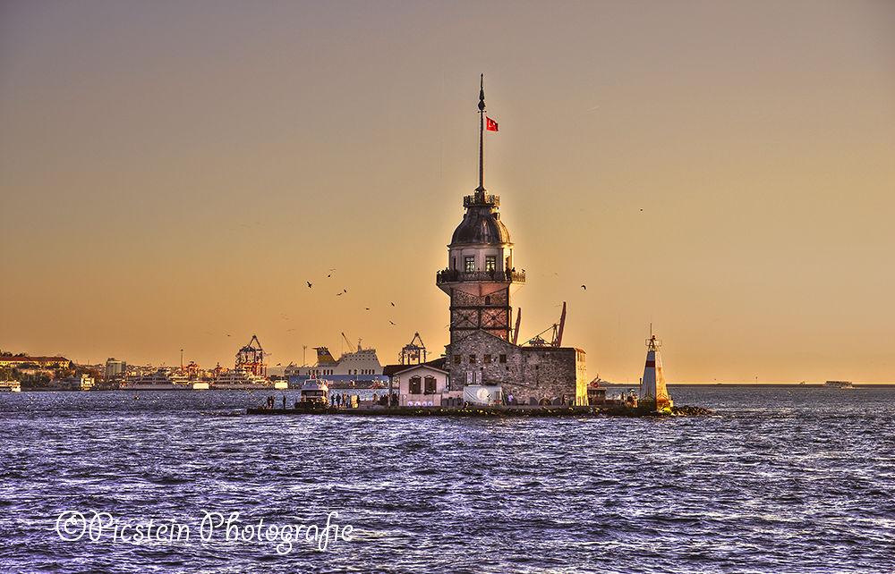 Photo in HDRI #bosporus #istanbul #jpa2013 #turkey #water #sea #birds