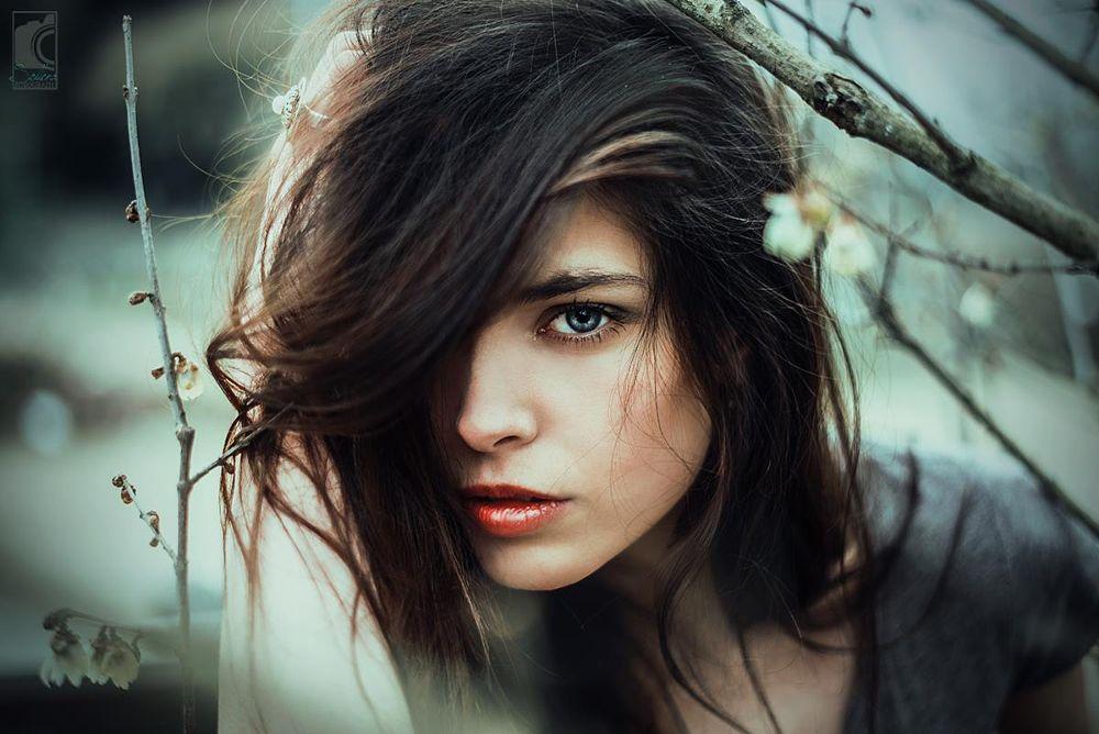 Photo in Portrait #girl #woman #female #nikon #50mm #germany #wiesbaden #sollena #portrait #outdoor