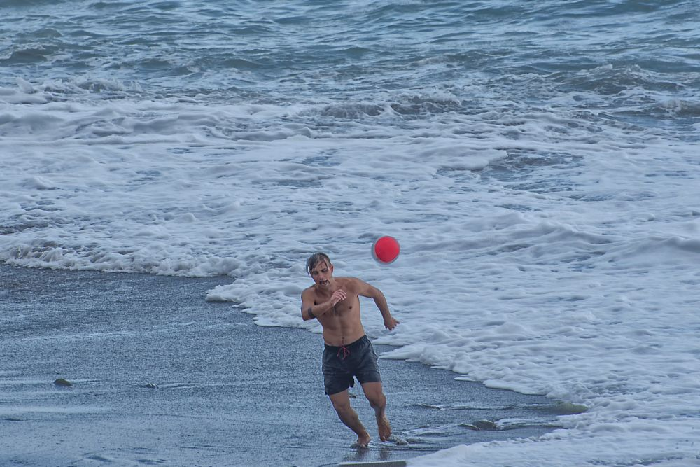 Photo in Random #a footballer at the sea #un calciatore al mare #footballer #sea #shoreline #ernesto amato