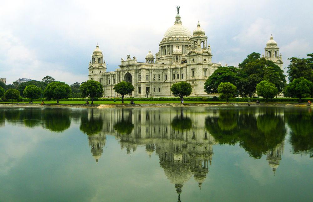 Photo in Random #victoria palace #calcutta victoria palace #reflecton in victoria palace #water reflection in victoria p
