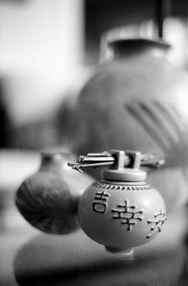 Photo in Black and White #black and white #hp5 #35mm film #pottery #vase