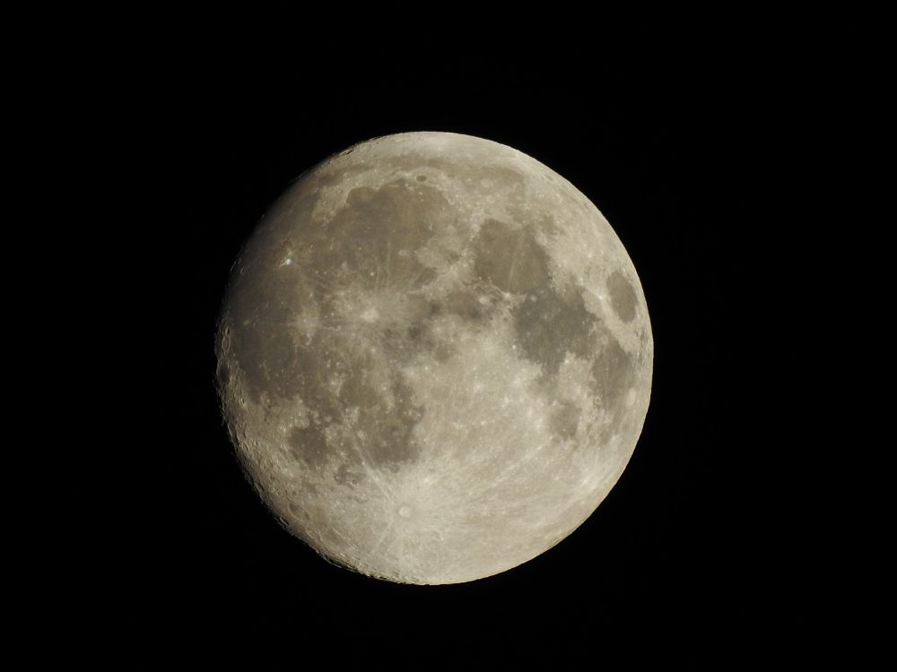 Photo in Astrophotography #moon #astrophotography