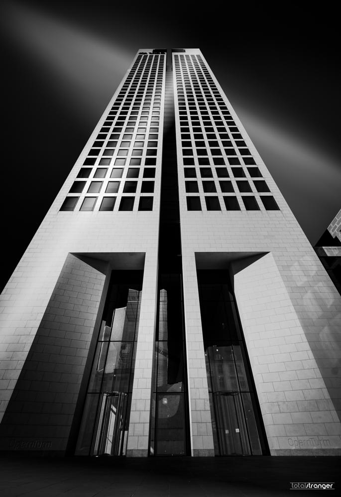 Photo in Architecture #frankfurt #architecture #b&w #opernturm