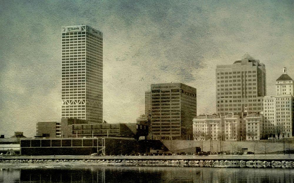 Photo in Architecture #downtown #milwaukee #wisconsin #water #lake_michigan #nikon #architecture #reflection #frelanzfotoz
