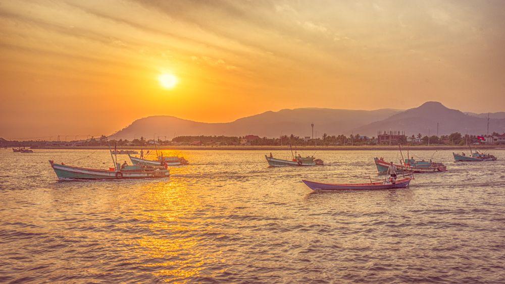 Photo in Landscape #cambodia #sunset #boat #sonya7ii #kampot