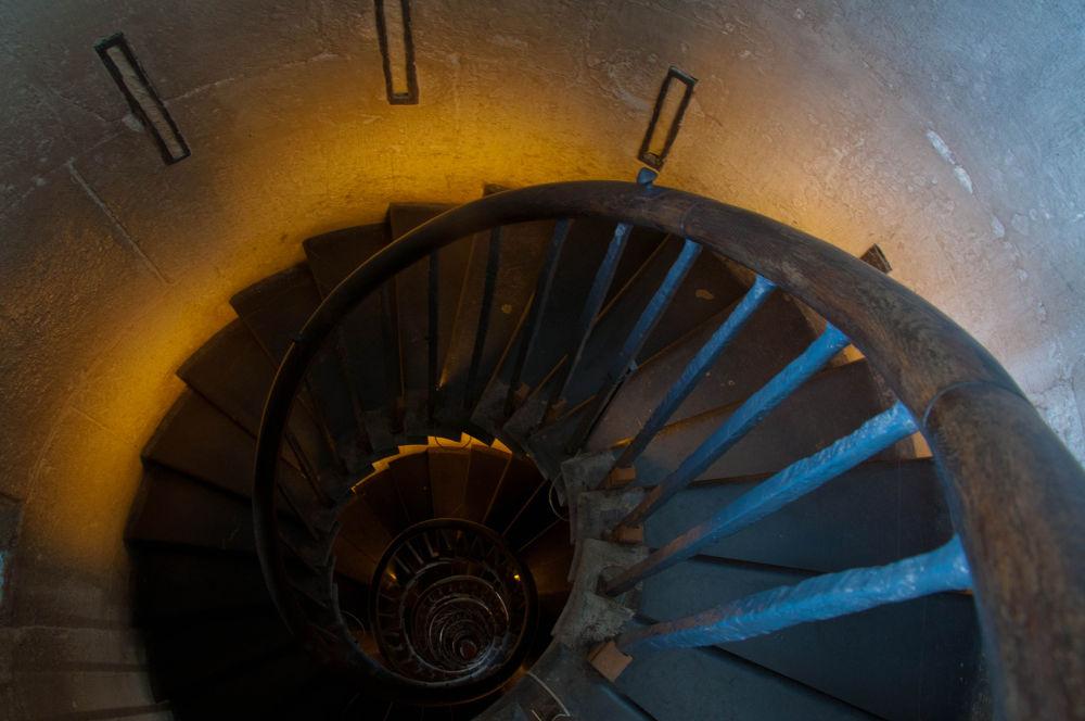 Photo in Random #light #fibonacci #stairs #yellow