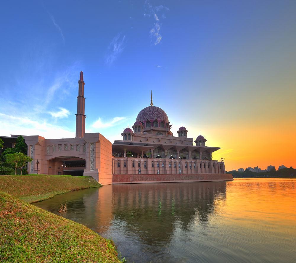 Photo in Cityscape #malaysia #putrajaya #putra #mosque #architecture #design #islam #muslim #water #reflection #hdr #hdri #vertorama #panorama #evening #afternoon #sunset #golden hours