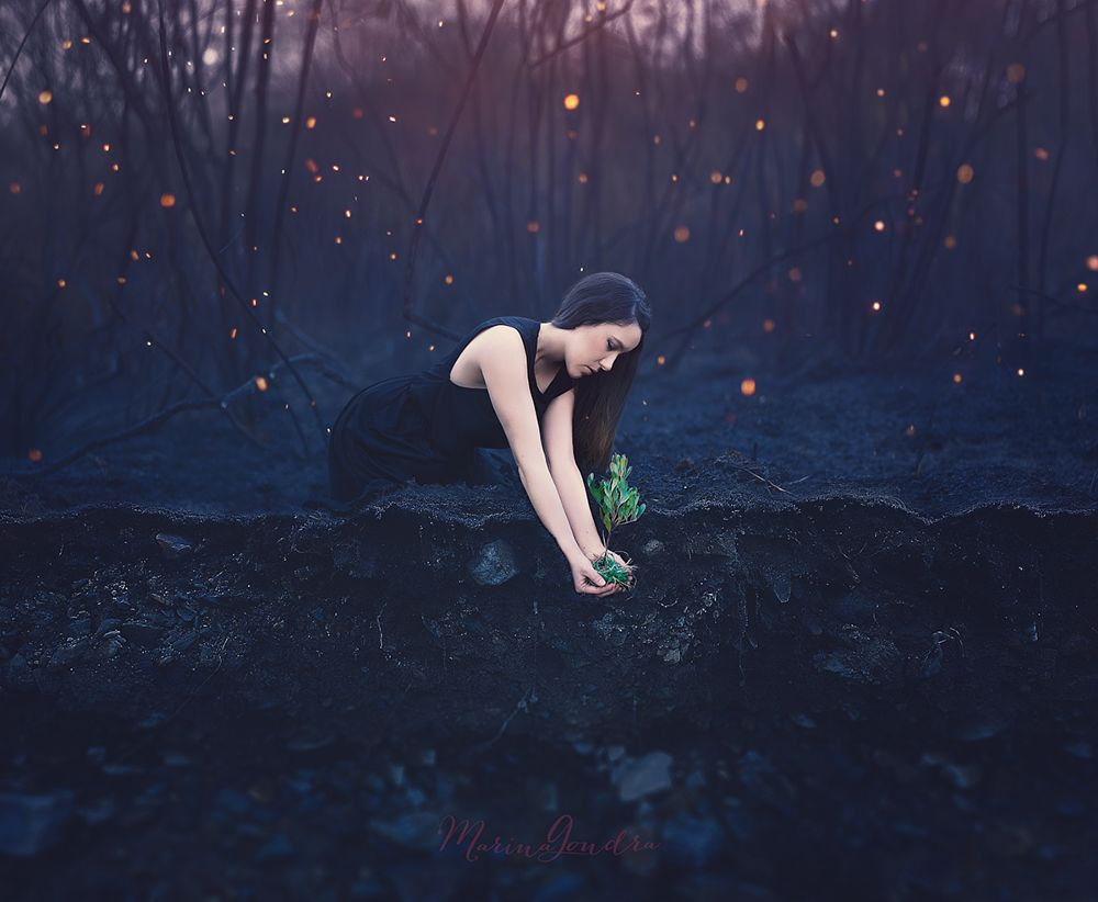 Photo in Fine Art #marina gondra #infenro #infierno #hell #fire #burn #burst #self portrait #conceptual #fine art #woman #black #ashes #fire ashes #cenizas #forest #burnt forest #fire forest #fuego #life #death