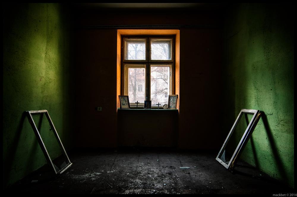 Photo in Interior #windows #abandoned #urbex